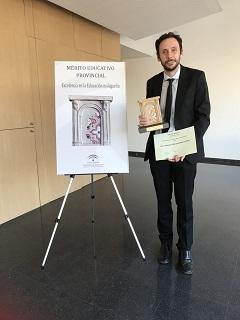 Profesor Marcos Naz premiado por  mérito educativo por la junta de Andalucía