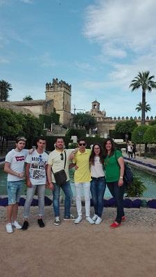 Alumnos y profesores de FPB en el Alcázar de Cordoba