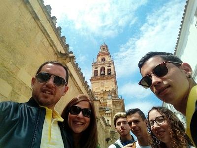 Alumnos y profesores de FPB en la mezquita de Córdoba