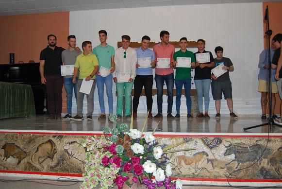 Entrega de diplomas a graduados/as en FP Básica Electricidad