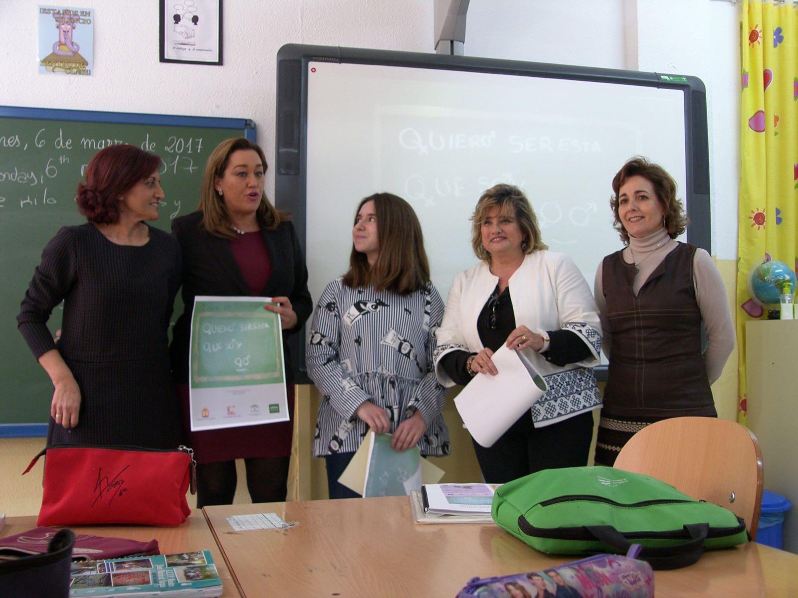 Visita de la Delegada Territorial de Educación al Centro