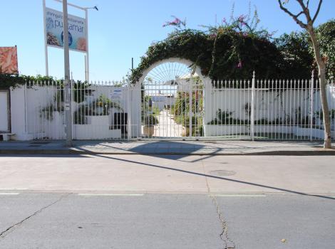 Restaurante Punta Mar. Acceso.
