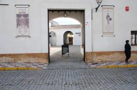 Restaurante Mesón el Tamborilero. Acceso exterior