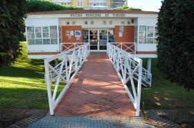 Oficina Municipal de Turismo de Punta Umbría. Acceso.