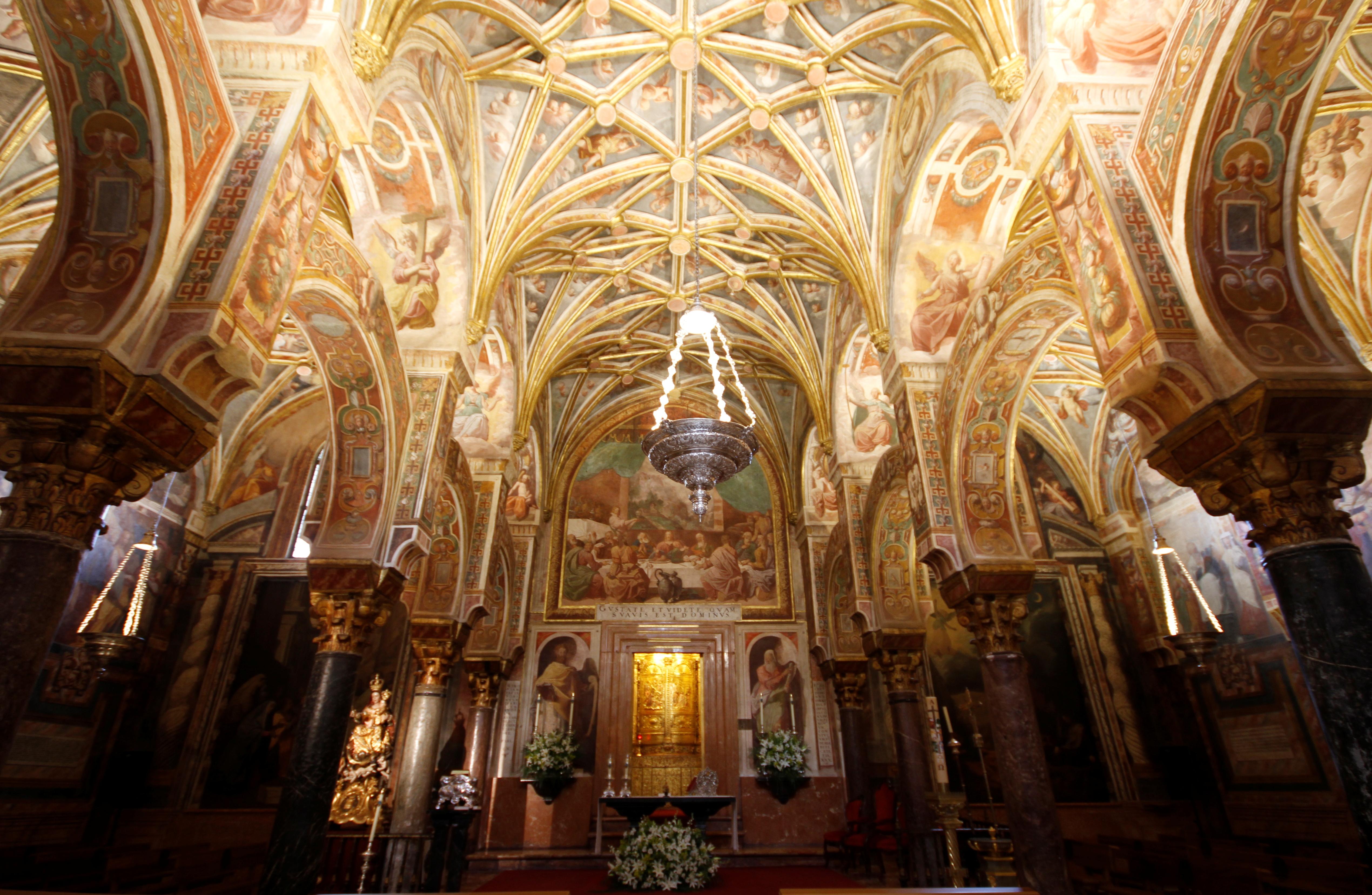 Chapel_of_Sagrario_-_La_Mezquita_-_Córdoba_(2) (1)