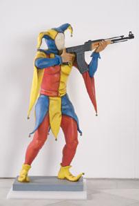 """CHEMA COBO. Jokers (instalación """"Los guardianes del deseo necesario""""), 1991. 131 x 93 x 44 cm. Papel (cartón fallero) policromado"""