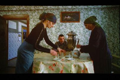 HANNAH COLLINS. Beshencevo (A Current History), 2006.  Nº Edición 2/10. DVD. Duración: 57'