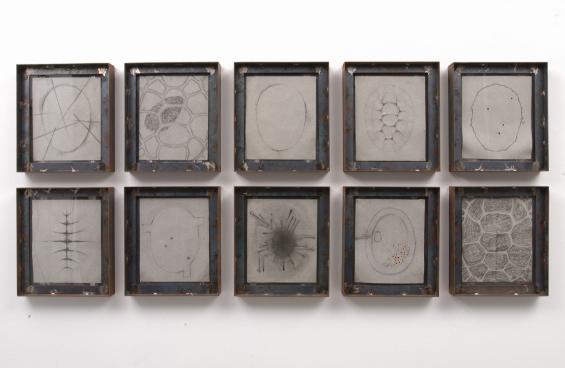 PEPE ESPALIÚ. Sin título, 1989. Lápiz sobre papel. 10 piezas de 37,5 x 32,5 cm c/u