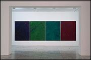 Vista de sala de la exposición 'Abstracci�n y movimiento'