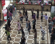 FLO6X8. Rumba Rave Banquero, 2010. Vídeo, 5'20''
