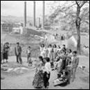 FRANCESC CATALÁ ROCA: Fiesta de la familia de la Chunga, 1955