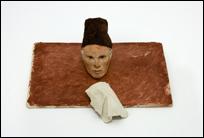 JOSÉ MIGUEL PEREÑÍGUEZ. Kunak, 2011. Pasta de modelar y acuarela, base 7 x 18,7 x 12,5 cm. Colección Antonio Jiménez y Álvaro Marimón