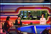 KATYA SANDER. Televised I: The I, The Anchor and the Studio, 2006. Video multicanal, Horia Grusca 40'25'', Cosmin Prelupciano 18'29'', Adriana Muraru 15''29'. Fotograma