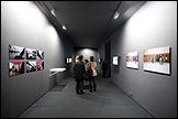 Vista de sala de la exposición Julie Rivera. La arquitectura de la felicidad. Fotografía: Guillermo Mendo