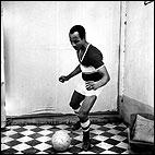 © Malick Sidibé: Un aficionado llamado Kala, 1966