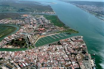 Fomento y Vivienda licita el dragado de la desembocadura del Guadiana con una inversión de un millón de euros