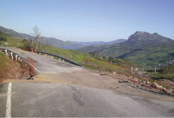 La Junta destina 5,96 millones de euros a la reparación urgente de 21 carreteras en cinco provincias