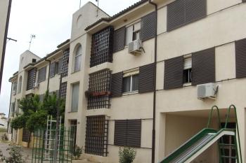 Inquilinos de viviendas de 14 municipios y de AVRA pueden optar ya a la línea de ayuda al alquiler para personas vulnerables