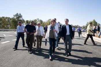 La Junta culminará en 2015 un total de 126,3 kilómetros de carreteras y 56 de autovías con una inversión de 145,2 millones