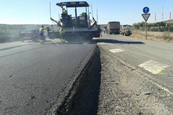 La Junta renueva el firme en el tramo entre Arahal y Puebla de Cazalla de la A-92 para mejorar la seguridad vial
