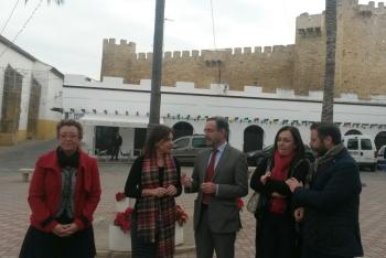 La Junta colaborará con el Ayuntamiento de Lopera en mejorar el entorno del castillo de los Calatravos