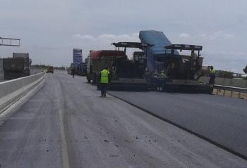 Abierta al tráfico desde el lunes la nueva vía de servicio de acceso a la barriada de Bellabahía