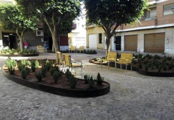 La renovación de la Plaza Muñoz de Almería elimina el coche a favor de un espacio para el esparcimiento ciudadano
