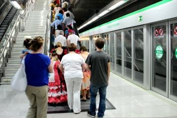 Metro de Sevilla transportó en la Feria de Abril 813.000
