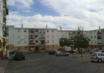 La Junta inicia obras en 14 bloques del barrio granadino de Almanjáyar con 181 viviendas
