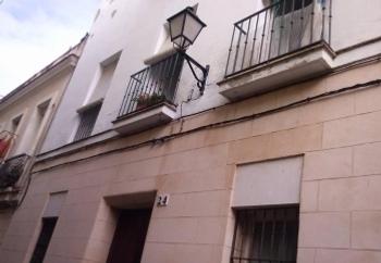 La Junta licita nuevas obras para rehabilitar viviendas públicas en alquiler en Cádiz y Sanlúcar de Barrameda