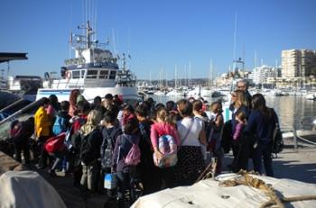 Fomento y Vivienda acerca la actividad de los puertos autonómicos a los escolares con un programa de visitas educativas