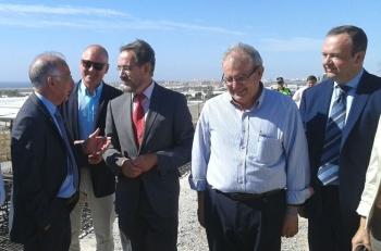 La colocación de las vigas de la variante de Roquetas de Mar en el enlace de Las Losas garantiza su apertura este verano