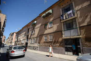 El Gobierno andaluz autoriza una inversión de 3,6 millones para la rehabilitación de la barriada granadina de Santa Adela