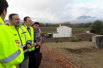 El nuevo puente que construye la Junta en Huétor Tájar mejorará la accesibilidad del municipio a la A-92
