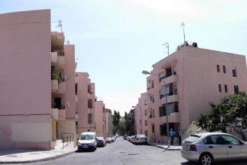 La Consejería de Fomento adjudica obras para 106 viviendas en el Área de Rehabilitación de La Fuentecica, en Almería
