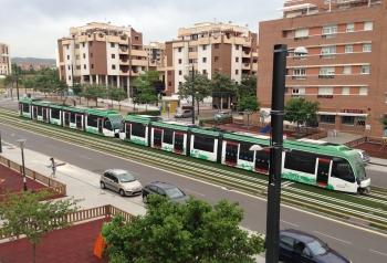 Trece empresas agrupadas en cinco ofertas pujan por el concurso para la explotación del Metro de Granada