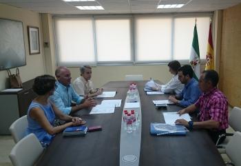 Junta y Ayuntamiento de Almería acuerdan un nuevo calendario para las obras de rehabilitación de las Casas Consistoriales