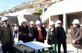 Las obras de rehabilitación que ejecuta la Junta en 12 bloques en La Fuentecica, en Almería, rondan el 90% de ejecución