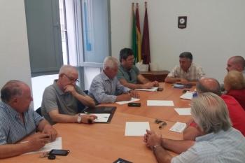El delegado de Fomento refuerza el diálogo con las asociaciones de vecinos de la provincia para detectar sus necesidades