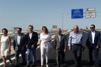 Susana Díaz visita el nuevo tramo de la Variante de Roquetas de Mar, que entrará en servicio mañana