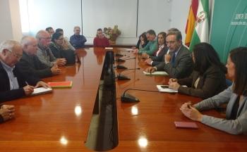 López pide al Estado que atienda la situación excepcional de las familias de Marismas del Odiel y facilite el pago tributario