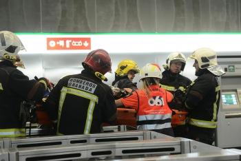Más de cien personas participan en el simulacro de incendio del metro de Granada