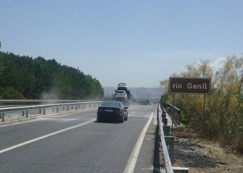 La Junta abre al tráfico la calzada derecha de la A-92G sobre del puente de Los Vados