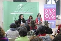 Silvia Oñate, Eva Salazar y Rocío Pérez promocionan el asociacionismo juvenil como objetivo para el 2014
