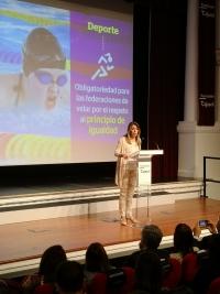 Susana Díaz participa en Sevilla en unas jornadas informativas sobre la Ley de Igualdad