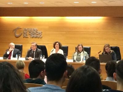 La directora del IAM reivindica el uso de la normativa como herramienta de erradicación del sistema patriarcal