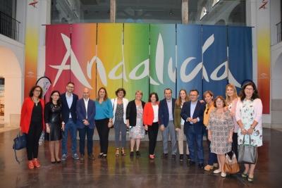 La nueva Ley andaluza de Igualdad prevé planes locales para fomentar el papel de la mujer en zonas rurales