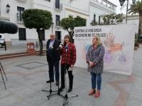 La campaña 'No te calles' del IAM sensibiliza contra la violencia machista con representaciones en la vía pública