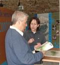 El auditor de la CETS en  uno de los centros de visitantes del Espacio Natural de Sierra Nevada.