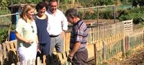 Serrano aboga por habilitar más espacios en las ciudades para acoger huertos urbanos como el de Miraflores